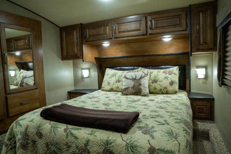 CyoteRidge-bedroom